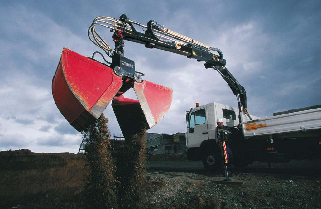 HIAB-XS-077-digging